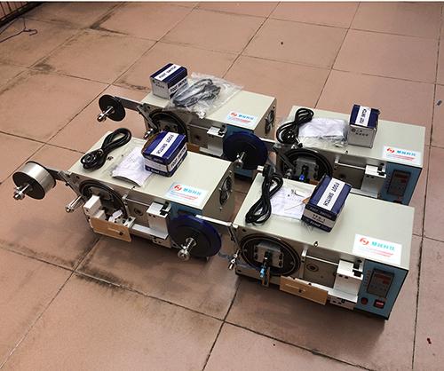 充电器包膜机-USB包膜机厂家使用安全警示告知